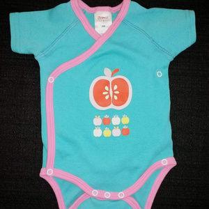 Zutano Itzy Bitzy Baby 3 Months Apple Bodysuit